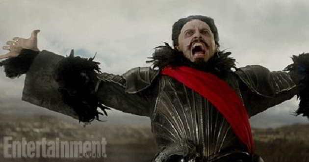 'Pan': Primeiras imagens mostram Hugh Jackman como pirata Barba Negra