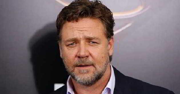 Protestos das atrizes veteranas de Hollywood criticadas por Russell Crowe