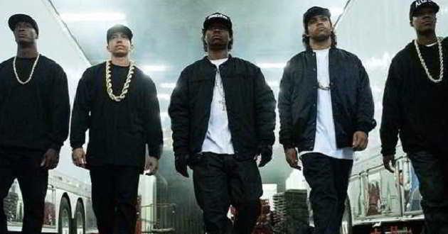'Straight Outta Comptom': Primeiro trailer do filme sobre o grupo rap N.W.A.