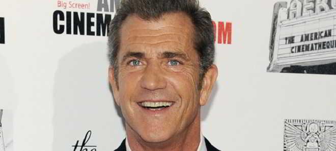 Mel Gibson regressa à realização com o drama 'Hacksaw Ridge'