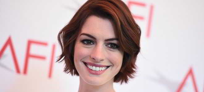 Anne Hathaway Colossal