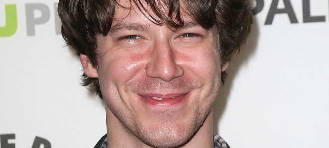 John Gallagher Jr. vai protagonizar o thriller 'The Belco Experiment'
