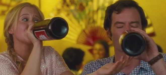 Assista ao trailer legendado em português da comédia 'Descarrilada'