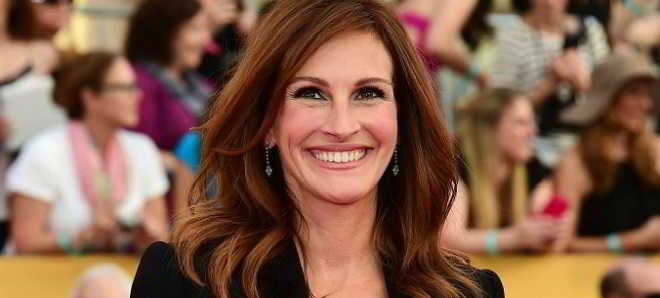 Julia Roberts confirmada no elenco de 'Mother's Day'