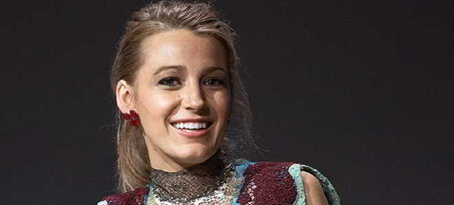 Blake Lively vai protagonizar o thriller de tubarões  'In The Deep'