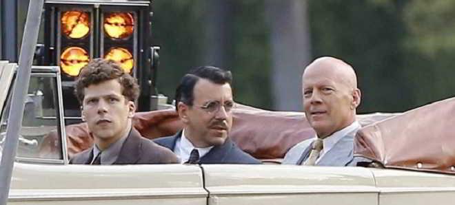 Bruce Willis está fora do novo projeto de Woody Allen