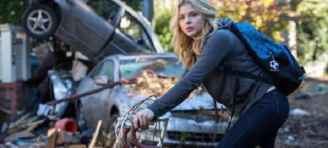 Chloë Grace Moretz em ação no primeiro trailer de 'The 5th Wave'