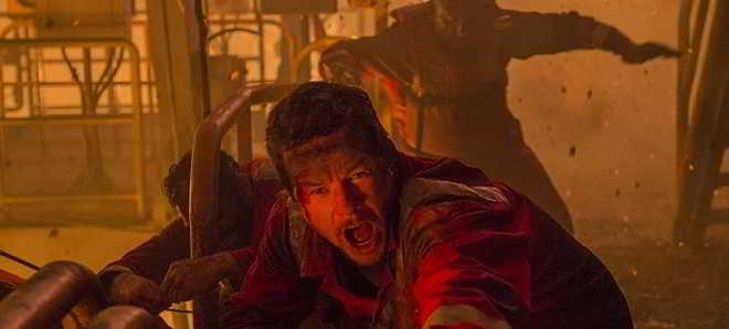 Primeiro poster e trailer do drama 'Deepwater Horizon' com Mark Wahlberg