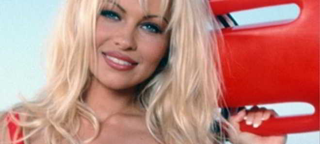 Dwayne Johnson confirma Pamela Anderson no elenco de 'Baywatch'
