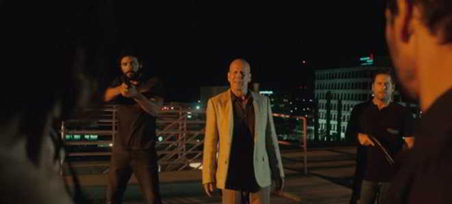 Trailer em português do filme 'Duplo Confronto' com Bruce Willis