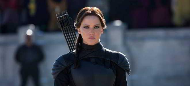 Forbes: Jennifer Lawrence volta ser a atriz mais bem paga do mundo