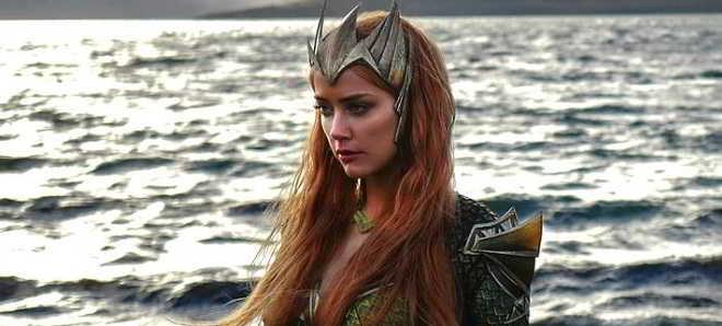 'Liga da Justiça': Primeira imagem oficial de Amber Heard como Mera