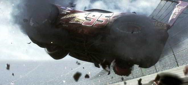 Primeiro teaser trailer da animação 'Carros 3' com Owen Wilson
