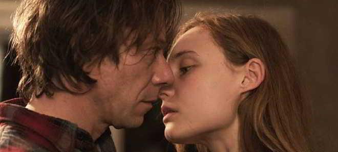 Trailer em português do drama de Benoît Jacquot 'Até Nunca'