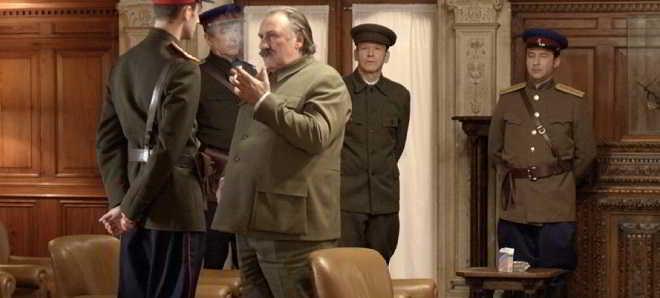 Gérard Depardieu no trailer legendado em português de 'O Divã de Estaline'