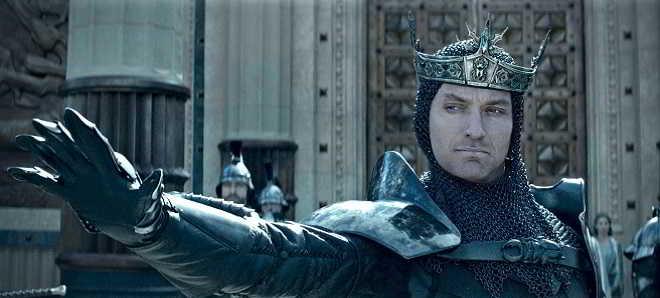 Segundo trailer português de 'Rei Artur: A Lenda da Espada' com Charlie Hunnam