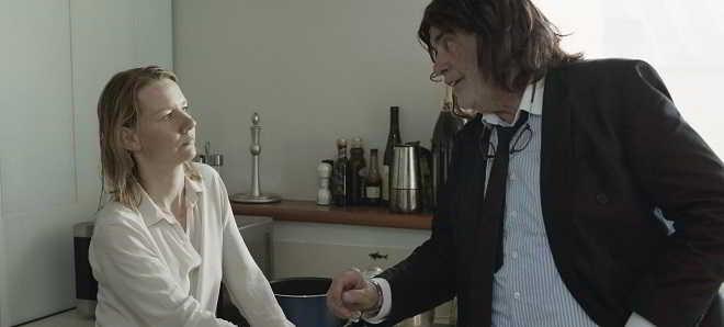 'Toni Erdmann': Trailer legendado em português do drama de Maren Ade