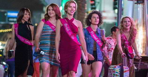 Trailer português da comédia 'Girls Night' com Scarlett Johansson