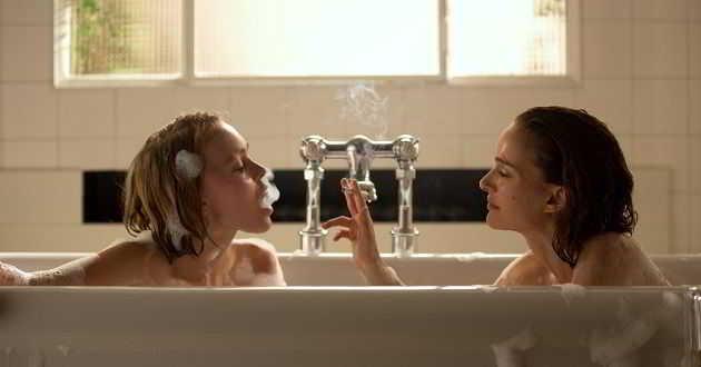Natalie Portman e Lily-Rose Depp no trailer português de 'Planetário'