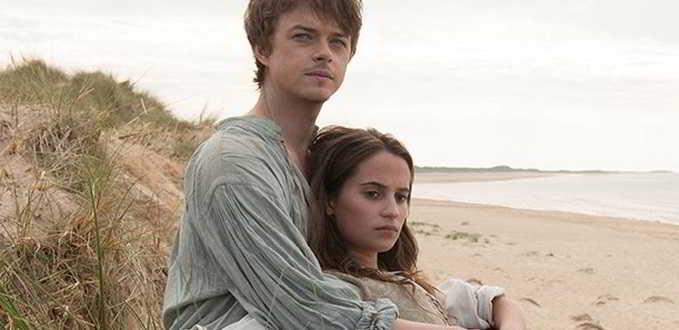 Alicia Vikander e Dane DeHaan no trailer português de
