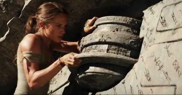 Lara Croft luta pela sobrevivência no novo trailer de