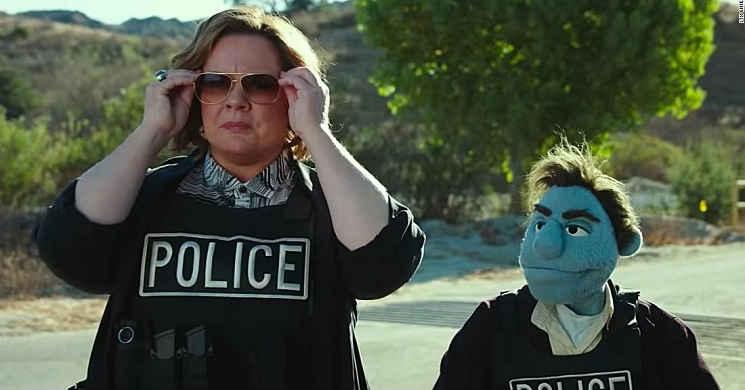 Melissa McCarthy é uma detetive no trailer português de