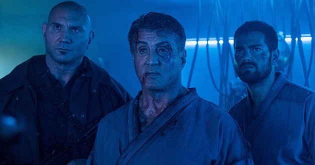 Sylvester Stallone e Dave Bautista no trailer português de