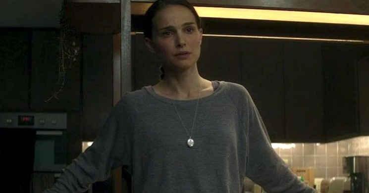 Natalie Portman está próxima de fechar um acordo para dirigir e interpretar duas irmãs gémeas