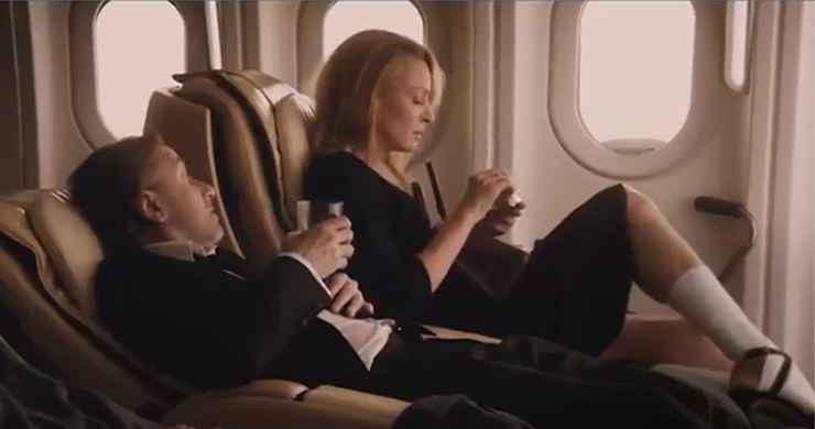 Uma Thurman no trailer português da comédia