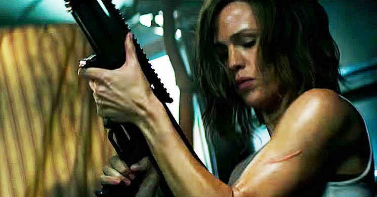 Jennifer Garner procura vingança no trailer português do thriller de ação