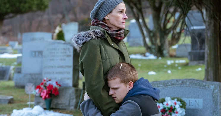 Julia Roberts e Lucas Hedges no emocionante teaser trailer do drama