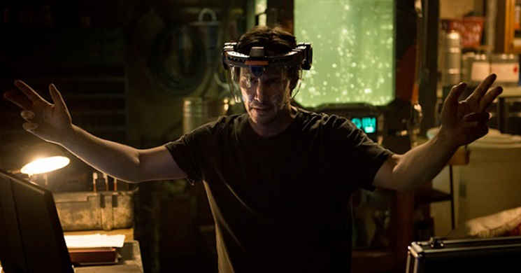 Keanu Reeves no trailer português do thriller de ficção científica