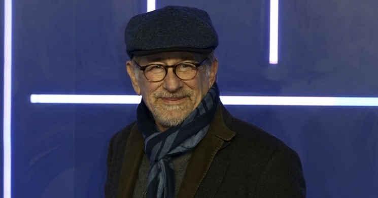 Steven Spielberg adquiriu os direitos do livro de ficção científica