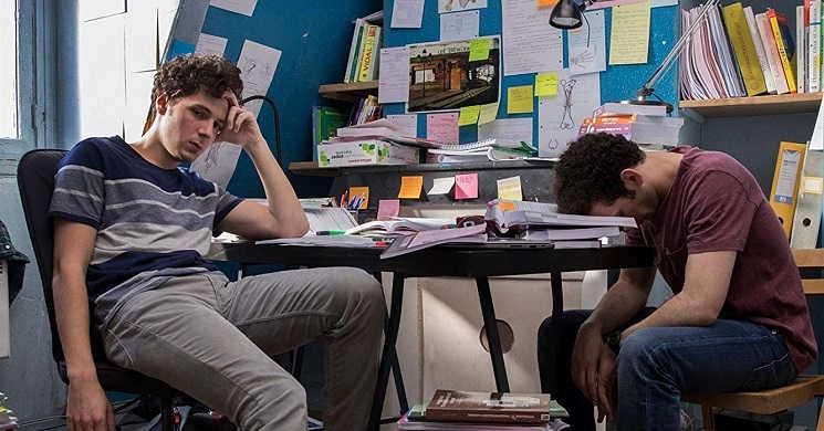 Ser médico não é para todos. Trailer português do drama francês