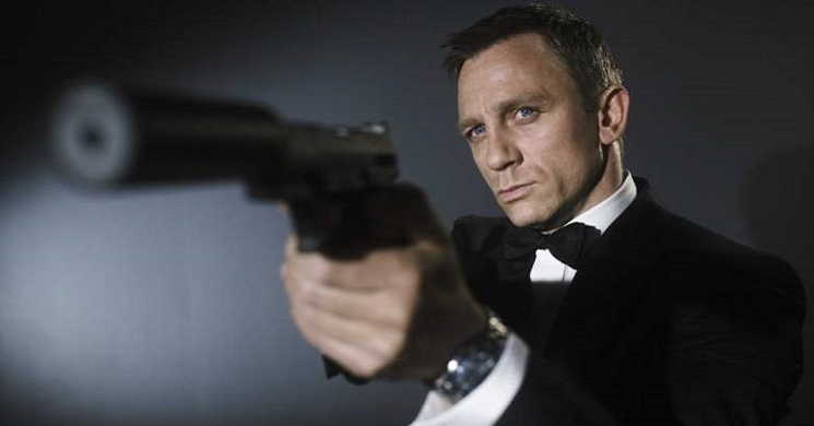 No Time to Die é o titulo oficial do filme Bond 25