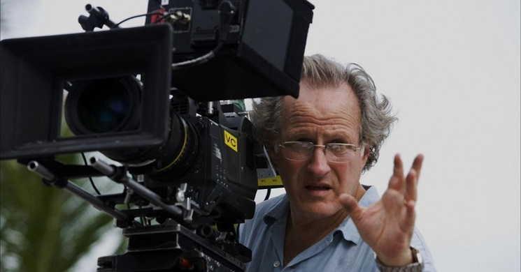 """Michael Mann vai dirigir série """"Tokyo Vice"""" para a HBO Max"""