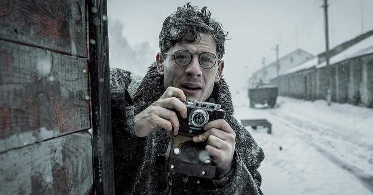 Trailer português do filme Mr. Jones - A Verdade da Mentira