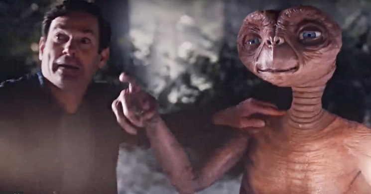 """Video de """"A Holiday Reunion"""" mostra o regresso à Terra do E. T."""