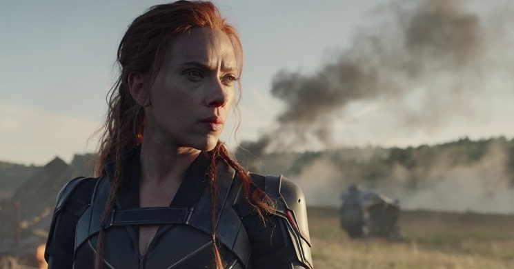 Scarlett Johansson regressa como a super-heroína no trailer português de