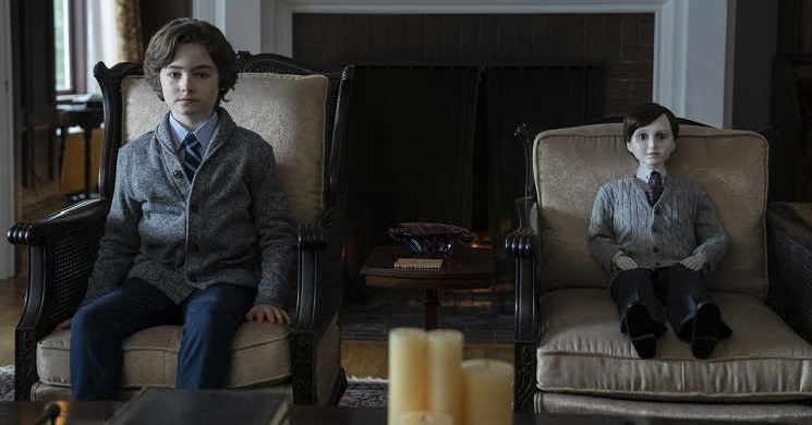 Trailer portugues do filme The Boy: A Maldição de Brahams