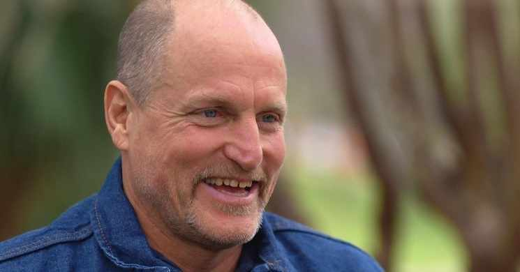 Woody Harrelson no filme Triangle Of Sadness de Ruben Ostlund
