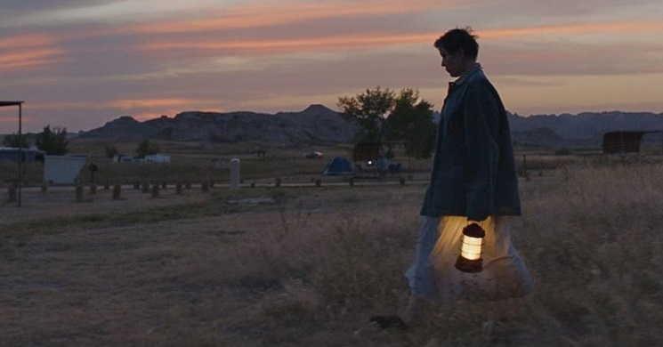 Novo trailer legendado do filme Nomadland - Sobreviver na América