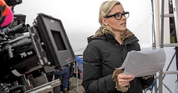 Elizabeth Banks vai dirigir e produzir o thriller