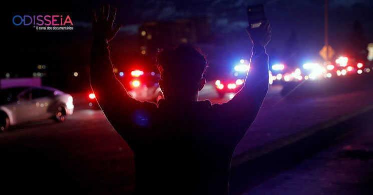 Violência policial nos EUA é analisada em dois documentários no canal Odisseia