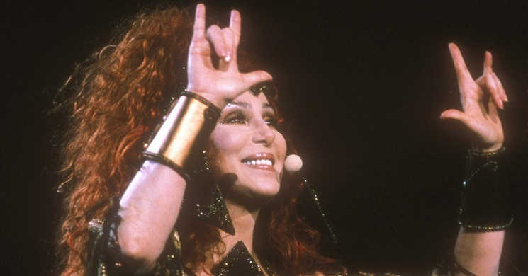 A vida e carreira da cantora e atriz Cher será contada num filme biográfico