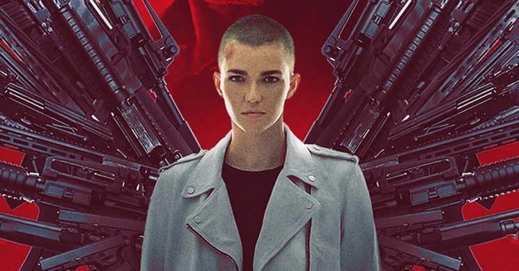 Morgan Freeman e Ruby Rose em foco no trailer do filme de ação