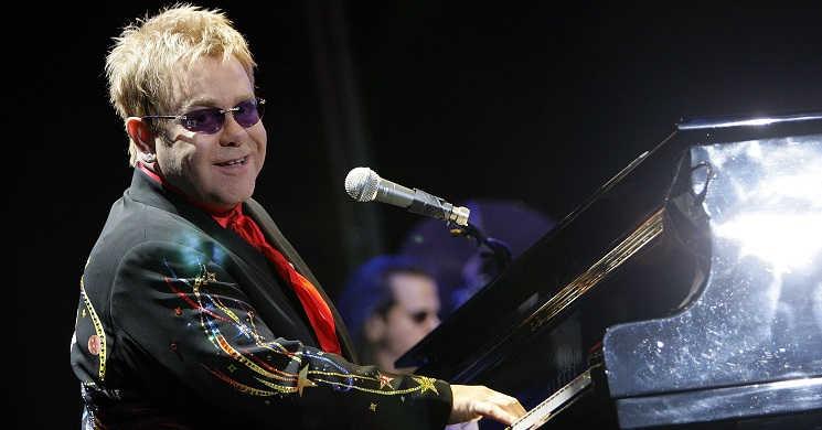 RTP2 estreia o documentario Elton John - Sem Filtro