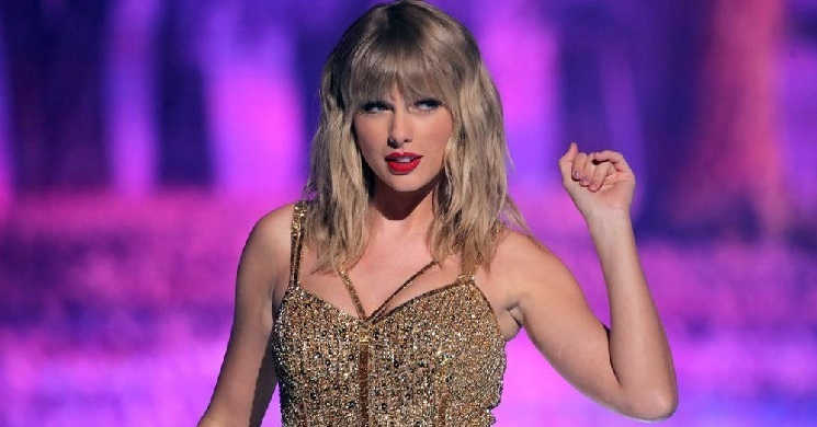 Taylor Swift juntou-se ao elenco estelar do novo filme de David O. Russell