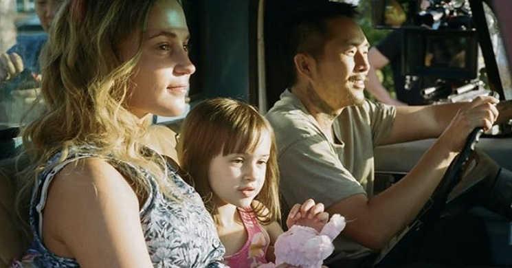 Justin Chon e Alicia Vikander em foco no trailer oficial do drama